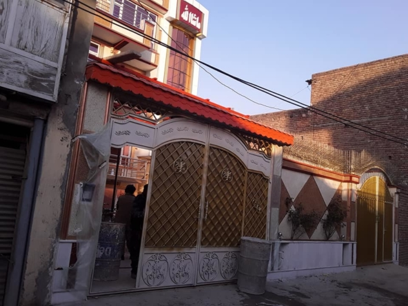 Large and Modern House in Darul-Aman