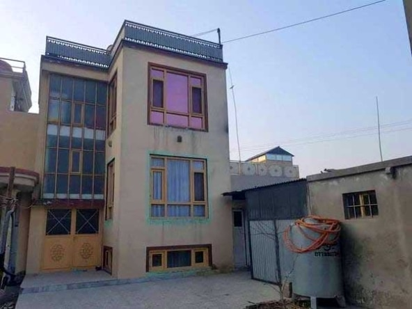 Large-two-story-house-for-sale-in-Kabul