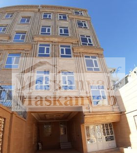 Five-Storey House for Sale in District 8 Herat